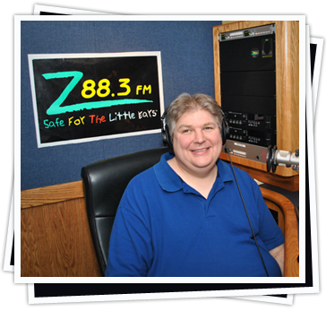 Tate in Z88.3's Studio E